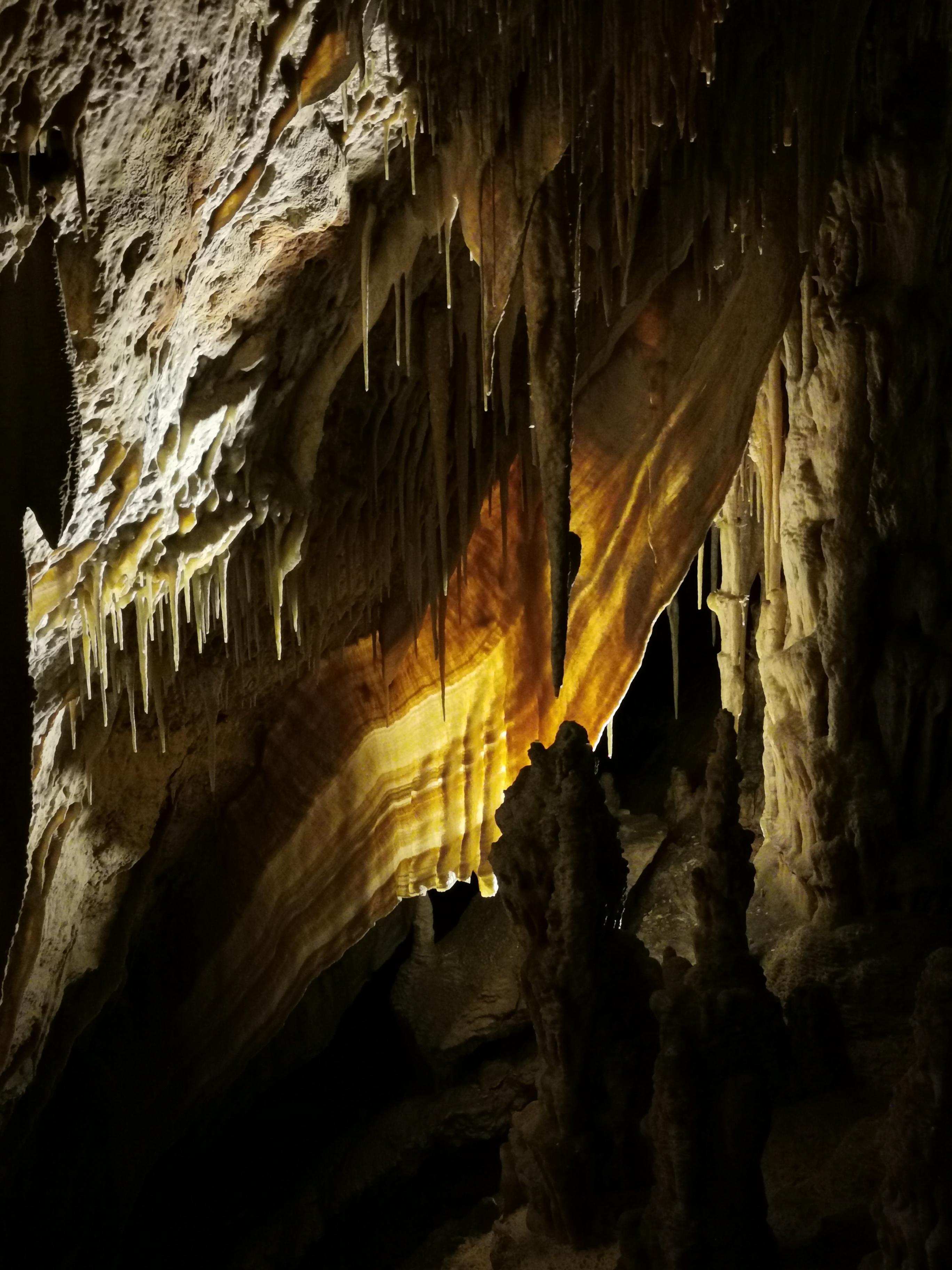 Höhle1