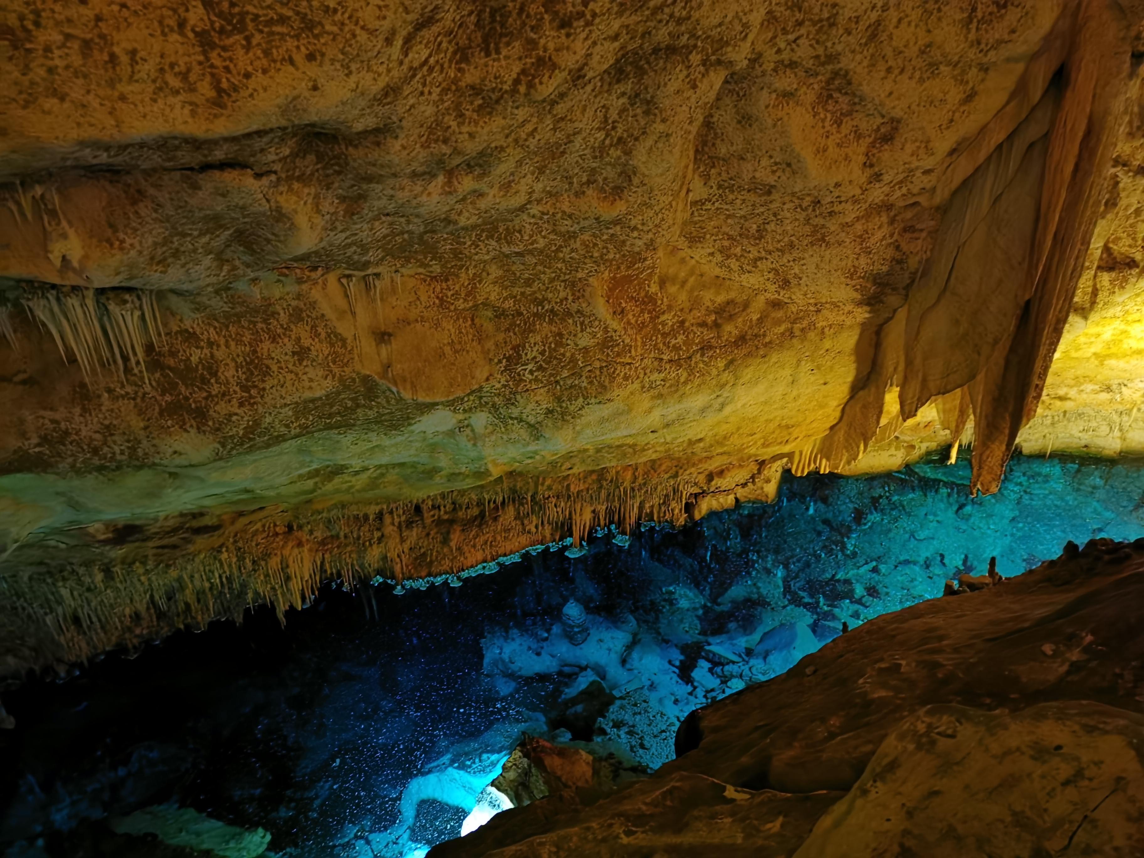 Höhle3